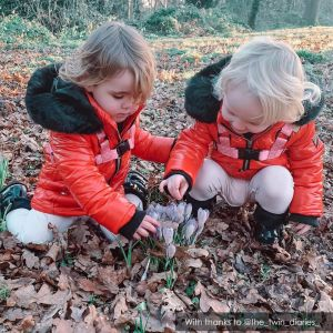 Foraging | Unique Pink Star Toddler Reins by ONK | @the_twin_diaries_-via-onk-baby-reins